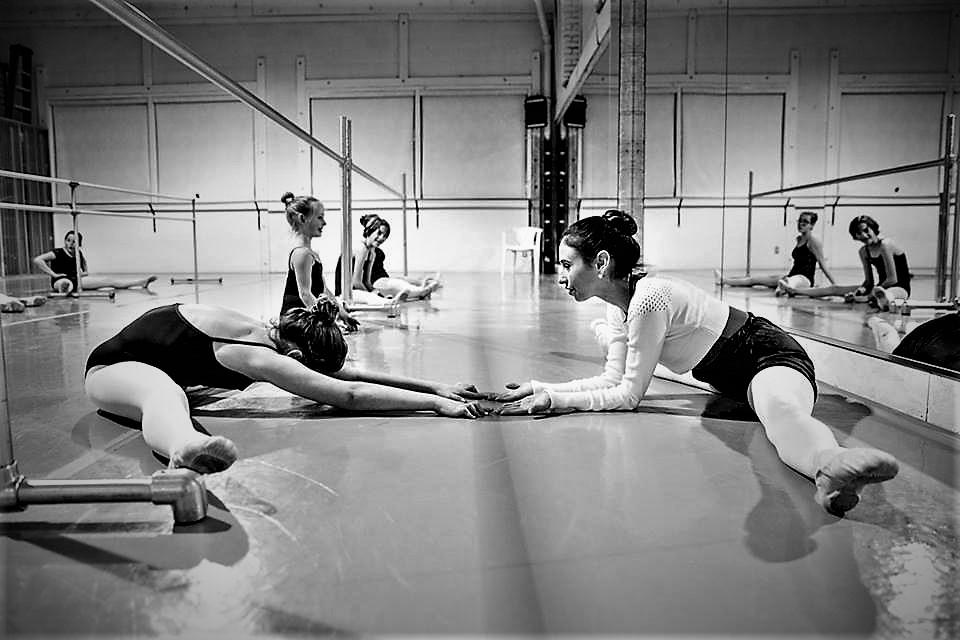 dancers-in-classroom