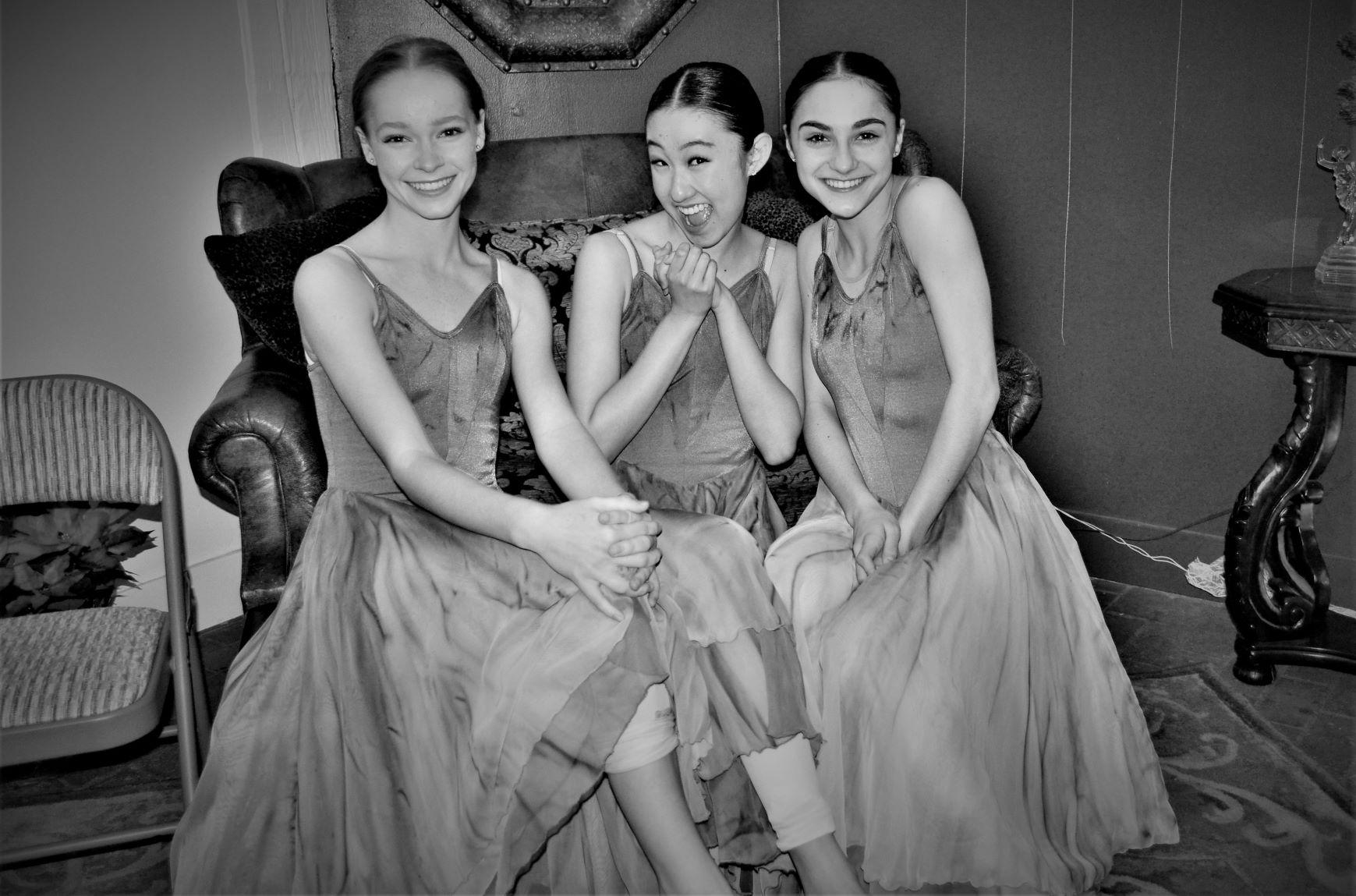 dancers-in-classroom3