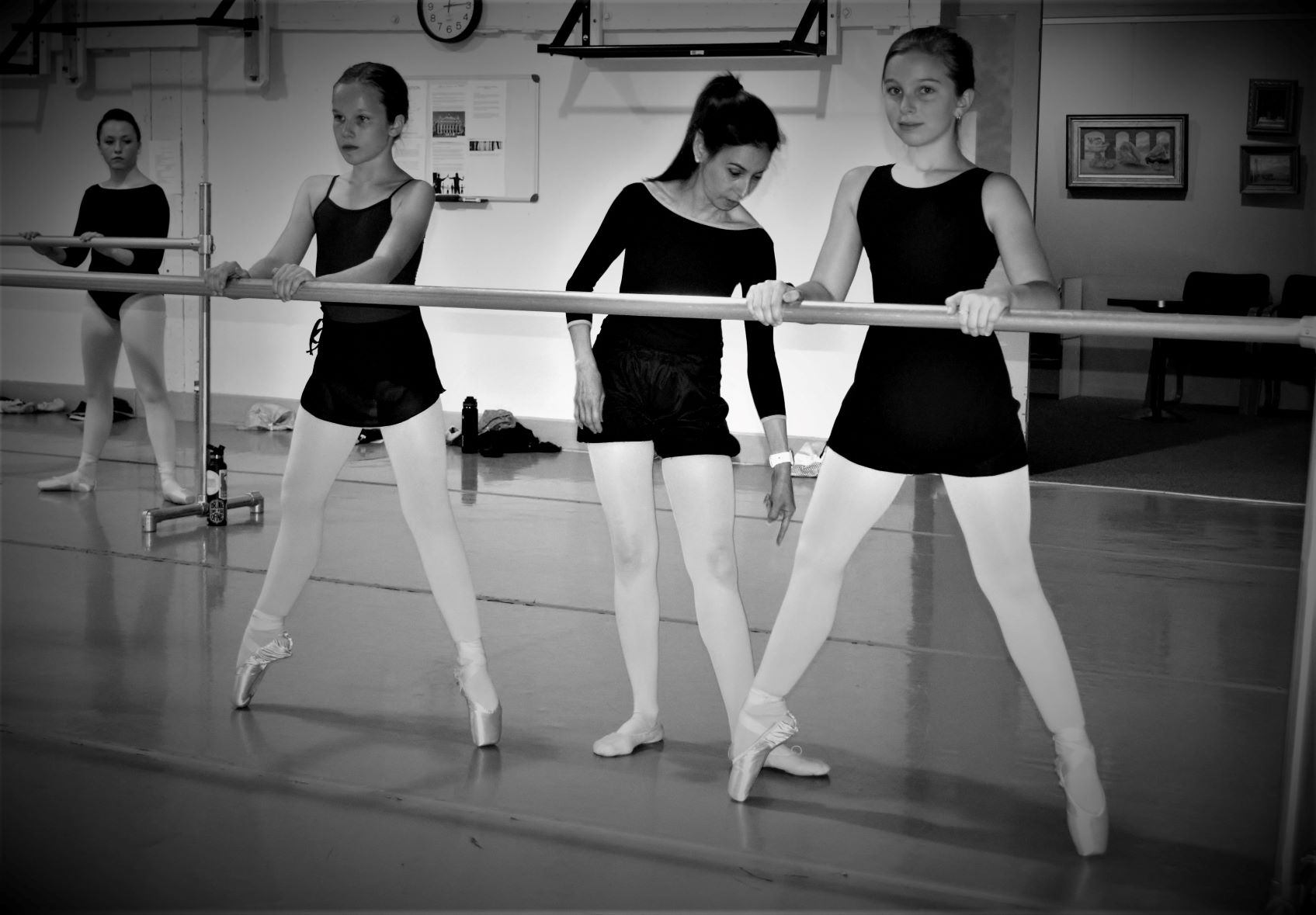 dancers-small